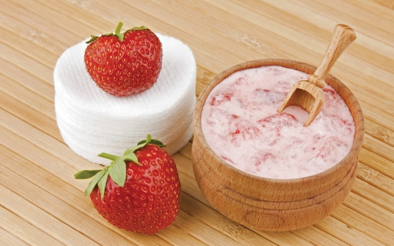 Ways to use Florida Strawberries in the Health and Beauty Field